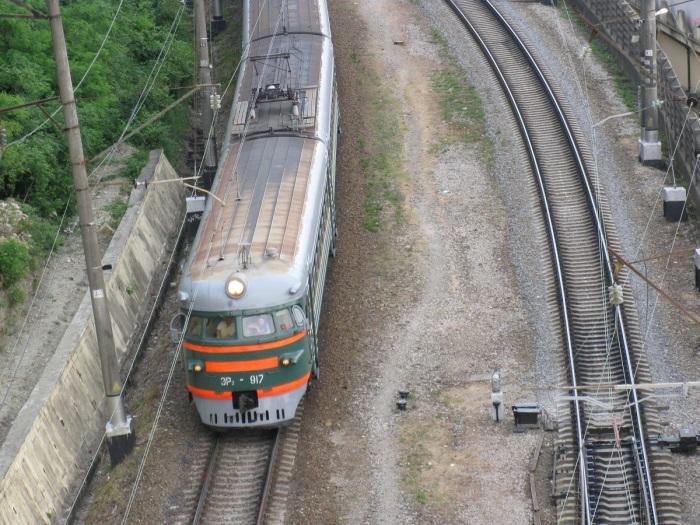 Серый цвет для крыши вагонов был выбран неслучайно - сверху поезд становился менее заметным / Фото: rail-club.ru