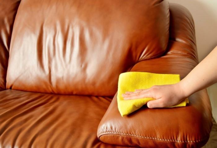 Если в доме завелись мыши, на всякий случай продезинфицируйте мебель / Фото: muhtesemtemizlik.com