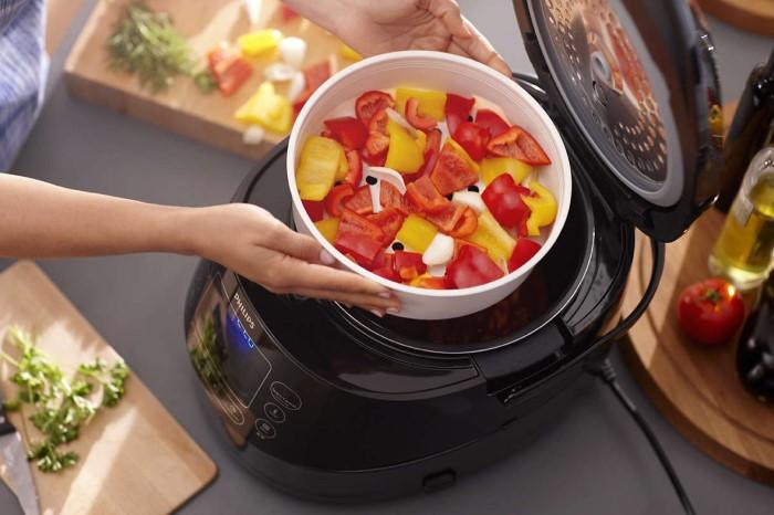 В мультиварке удобнее готовить гарниры, каши, тушеные блюда / Фото: blog.comfy.ua