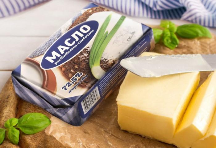 Масло - полезный продукт животного происхождения и отказываться от него точно не стоит / Фото: untwist.ru