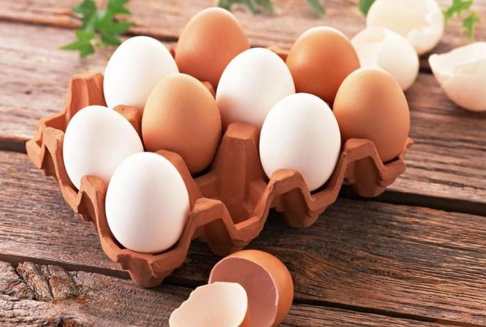 Яйца фабричного производства хранятся дольше, чем домашние / Фото: yarnews.net