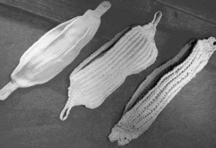 Тканевые прокладки появились в XIX веке, а в ХХ - ватно-марлевые / Фото: nhathuoclongchau.com
