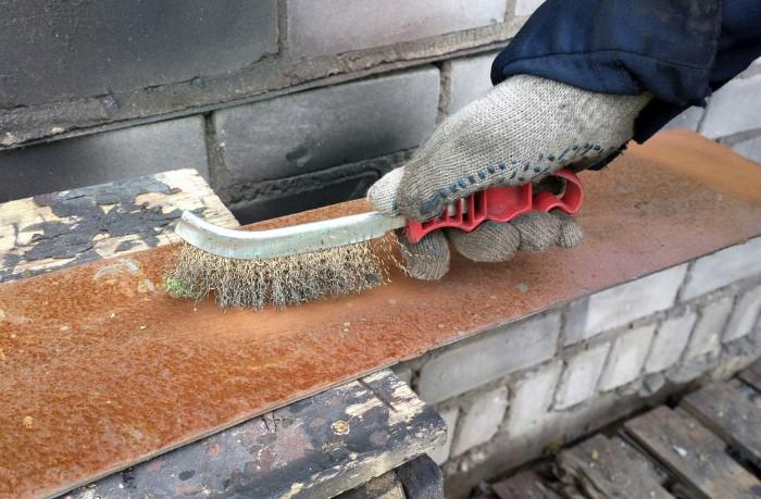 Даже мельчайшие капельки влаги могут стать причиной ржавчины