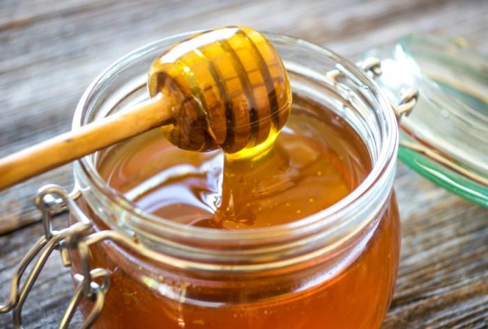 Продукт можно сочетать с орехами, фруктами, еще больше усиливая сексуальную энергию / Фото: afrodita.guru