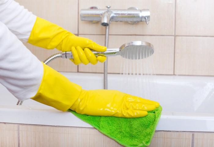 Акриловая ванна прослужит долго, если за ней правильно ухаживать
