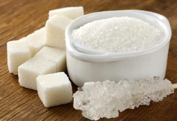 Сахар - еще один продукт, который сохраняется бесконечно долго / Фото: polsov.com