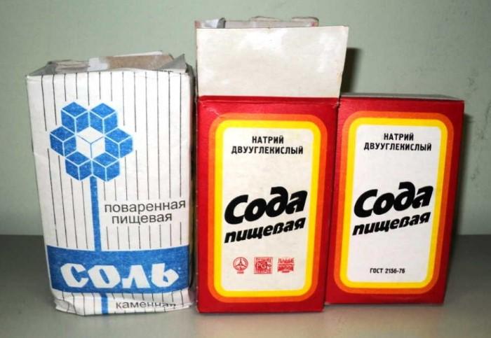 Сода, соль и порошок не только отбелят деликатный тюль, но и удалят загрязнения / Фото: cooku.ru