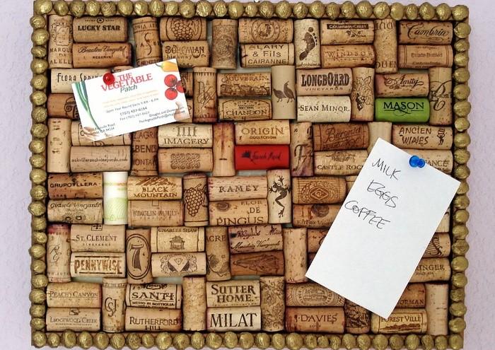 Доска для заметок поможет не забывать о важных делах / Фото: i.pinimg.com