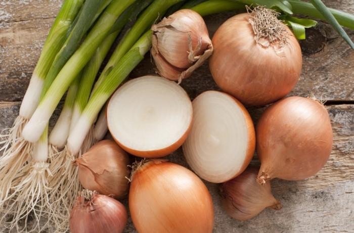 13 заменителей соли, которые не уступают по вкусу специи и снижают ее потребление