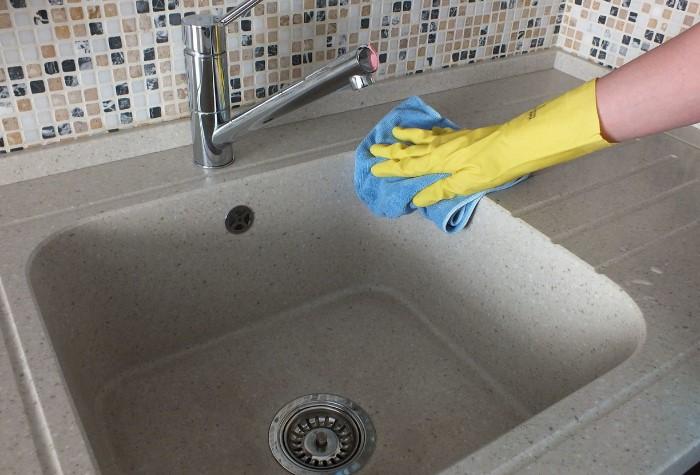 Вытирайте досуха мойку после каждого использования / Фото: legkovmeste.ru
