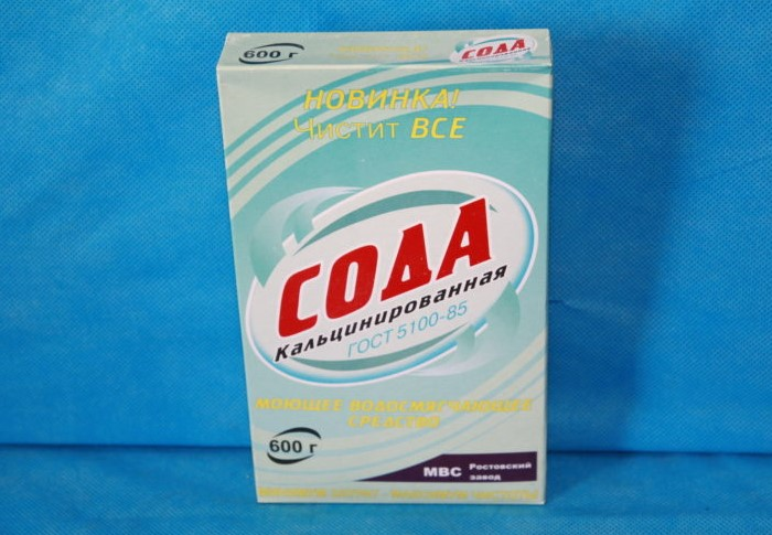 Кальцинированная сода - универсальное средство для чистки различных поверхностей / Фото: kraski-net.ru