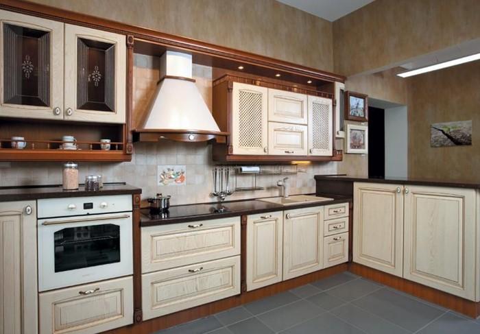 Выемки на мебельных фасадах уступили место гладким минималистичным дизайнам / Фото: mebelvs.ru