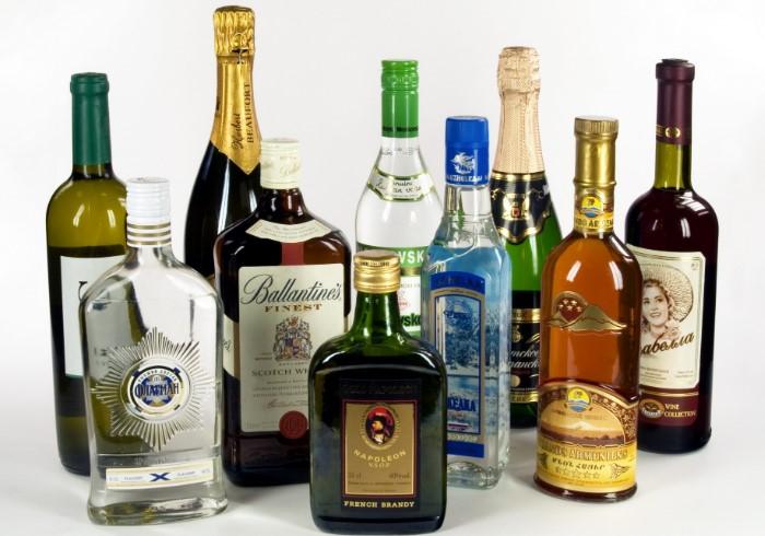 Запасаться можно вином, ромом, ликером и виски / Фото: unikassa.ru