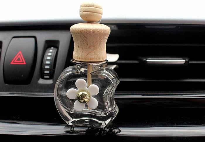 Из-за жары масляные ароматизаторы могут источать резкий запах / Фото: ae01.alicdn.com