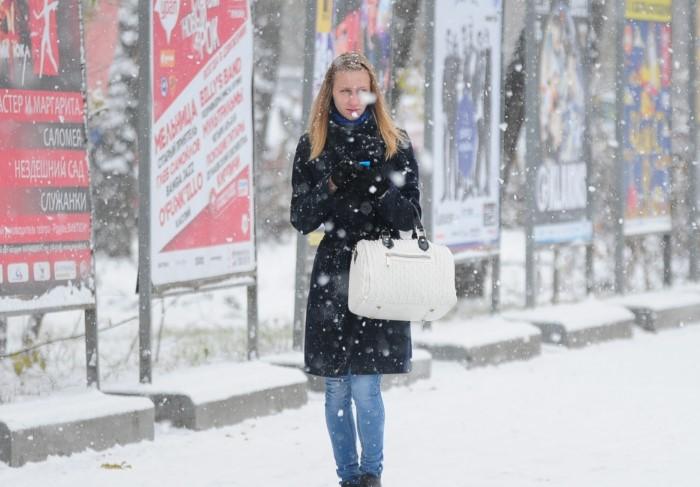 Шапка может защитить от перемерзания, но не от вирусных заболеваний / Фото: static.ngs.ru