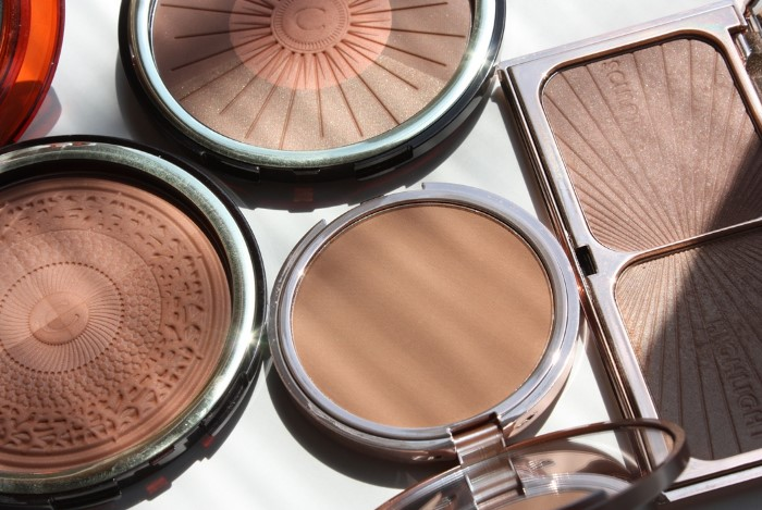 Бронзер сделает макияж более «загорелым»  / Фото: nikolisel.ru