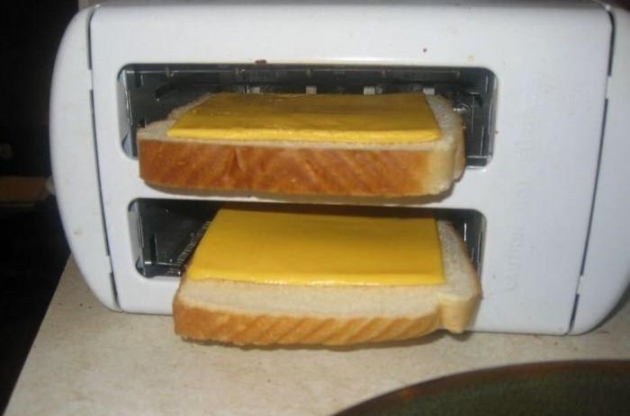 Сыр может затечь в тостер, из-за чего прибор сгорит / Фото: i.pinimg.com