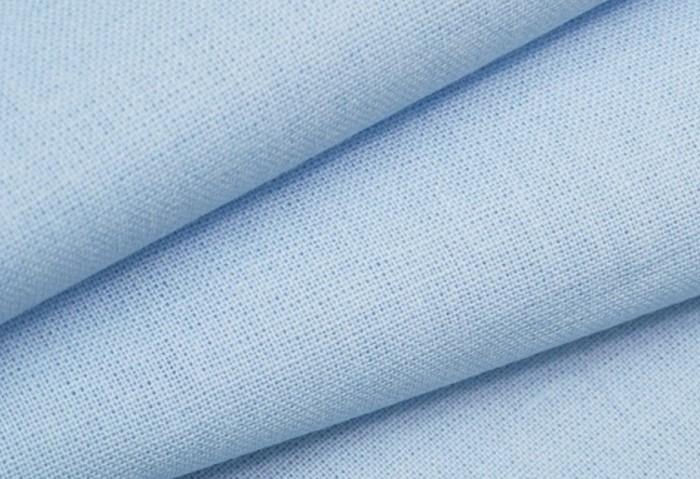 Бязь - довольно плотная ткань, поэтому отжимать ее не стоит, иначе образуется много складок / Фото: sun9-57.userapi.com