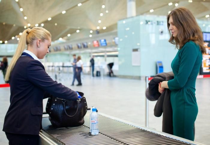 Сотрудники аэропортов должны быть бдительны и выявлять подозрительных пассажиров / Фото: tripway.com