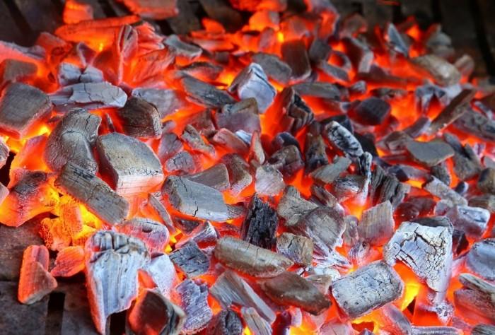 Пора жарить мясо / Фото: mariupol-express.com.ua