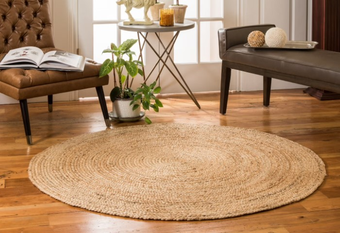 Исключение - только плетеные джутовые коврики, которые хорошо вписываются в стиль кантри и скандинавский / Фото: i.pinimg.com