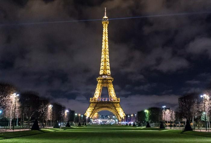 С 1985 года подсветка башни признана предметом искусства и защищена авторским правом / Фото: upload.wikimedia.org