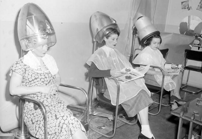 «Cушуары» использовали в салонах красоты, а ручные фены - дома / Фото: s1.tchkcdn.com