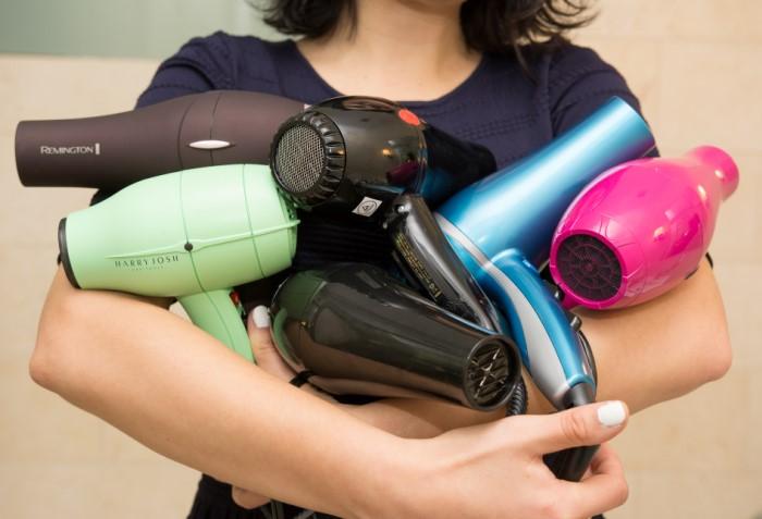 Современные фены легкие, безопасные и сушат волосы довольно быстро / Фото: s.aolcdn.com
