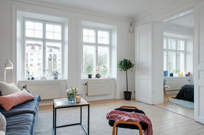 Если комната темная или из окна открывается прекрасный вид, можно оставить проем без портьер / Фото: picsovet1.kidstaff.net