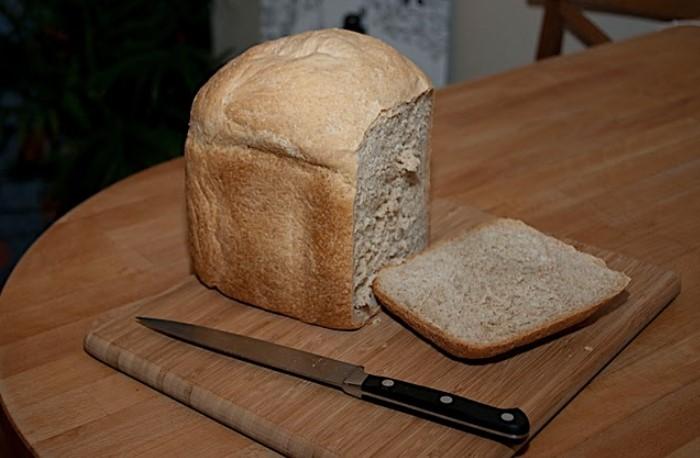 Если блюдо оказалось слишком острым, сразу же зажуйте еду хлебной корочкой / Фото: stihi.ru