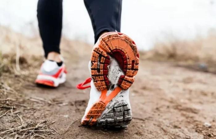 Чаще всего в обуви скрипит подошва / Фото: veralline.com