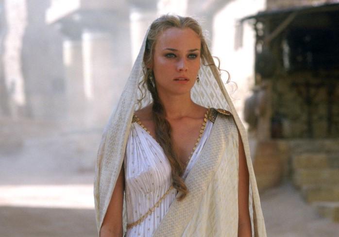 Древним грекам нравились статные светловолосые женщины с белоснежной кожей и ровным носом / Фото: i.pinimg.com
