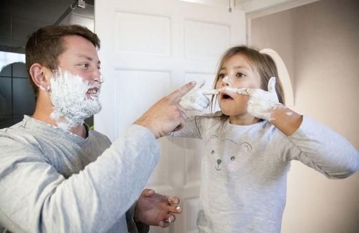 Позвольте себе подурачиться вместе с ребенком / Фото: mtdata.ru