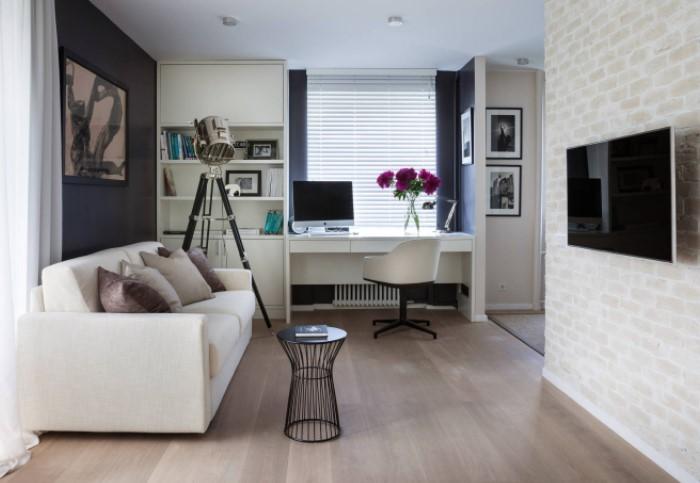 Ковер сделает интерьер уютнее, а пол не будет казаться холодным и голым / Фото: design-homes.ru