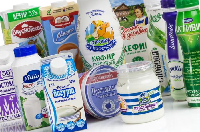 Купите кисломолочные продукты заранее и оставьте их в холодильнике на случай похмелья / Фото: roscontrol.com