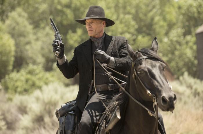 Практически у всех мужчин были кольты и, конечно же, они должны уметь хорошо стрелять / Фото: i.pinimg.com