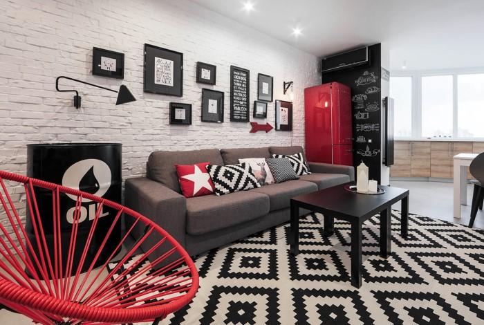 Подберите под ваш интерьер красные декоративные элементы и расставьте их по всему дому / Фото: stonehouse54.ru