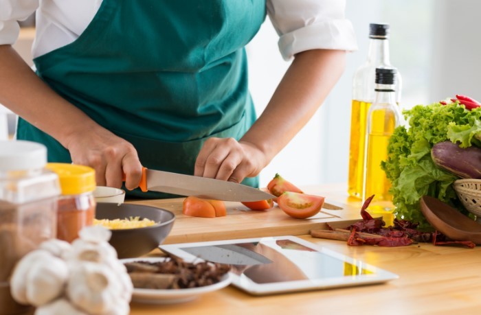 Справляться с делами на кухне станет легче / Фото: cdn.travelversed.co