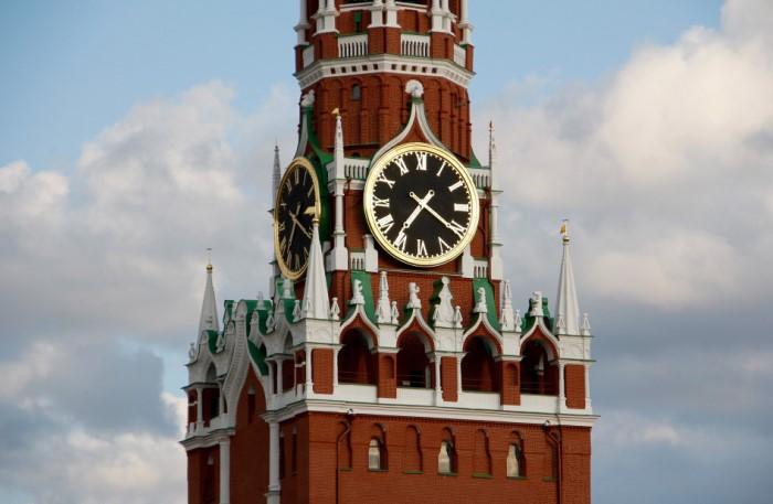 Кремлевские куранты на Спасской башне - одна из «визитных карточек» России