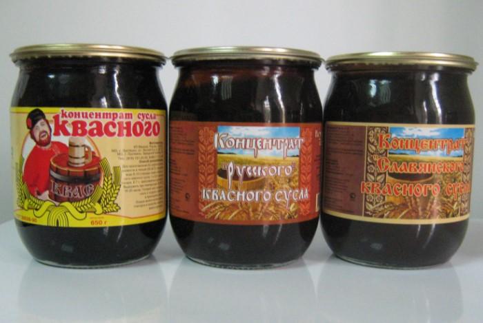 Квасное сусло напоминает тягучую вязкую темно-коричневую консистенцию с кисловато-сладким привкусом / Фото: forumsamogon.ru