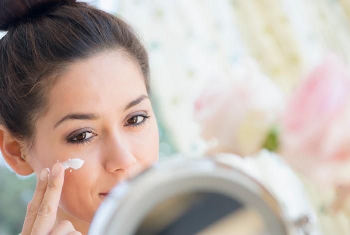 Просроченная продукция может вызвать аллергию или кожные заболевания / Фото: sheknows.com