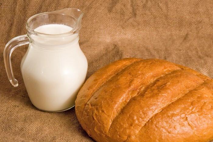 Молочно-хлебный компресс поможет безболезненно извлечь колючку / Фото: penza-press.ru