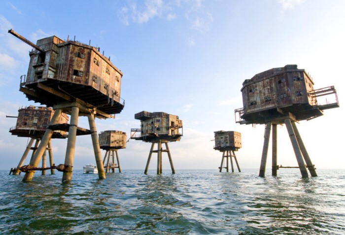 Чтобы защитить британский флот, инженер Гай Манселл придумал форты для противовоздушной обороны / Фото: pbs.twimg.com