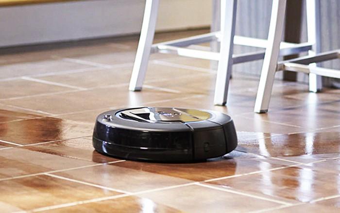 Устройство стало верным помощником многих хозяек, чего не скажешь об аналогичном роботе с функцией влажной уборки / Фото: a7.com.ua