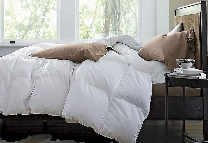 К разным видам одеял нужен отдельный подход / Фото: postirke.ru
