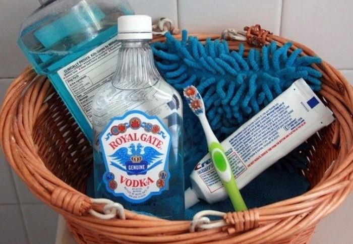 Водка освежит и продезинфицирует ротовую полость / Фото: furnishhome.ru