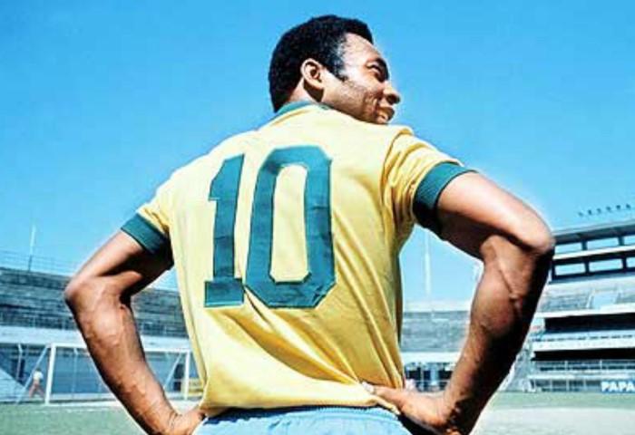 Пеле стал «десяткой» совершенно случайно / Фото: miro.medium.com