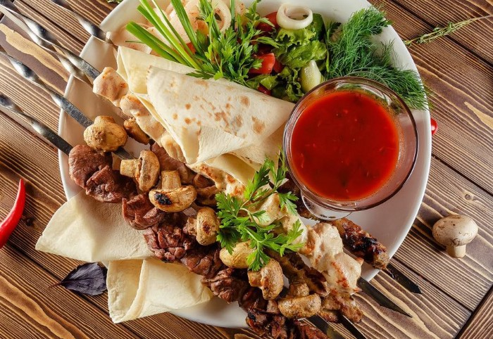 Красивая подача блюда тоже важна / Фото: travelpleasure.ru