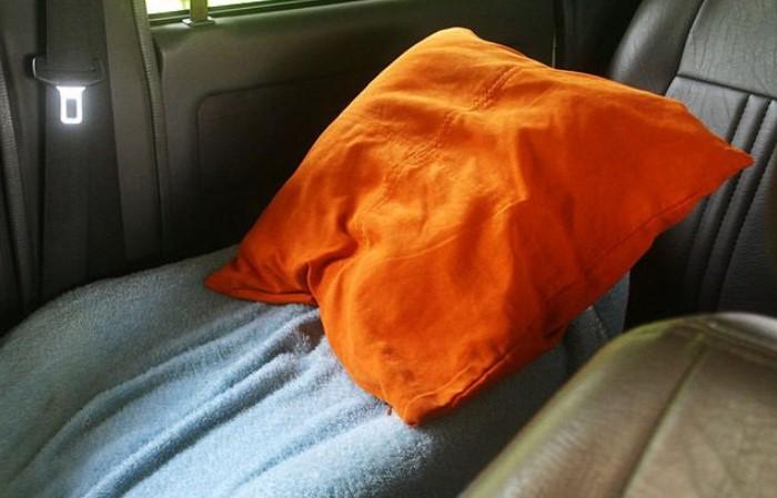 С подушкой в багажнике можно вздремнуть в любой момент / Фото: 1gai.ru
