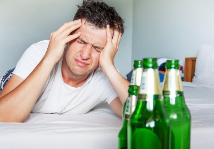 Похмелье - неприятное последствие после бурной вечеринки